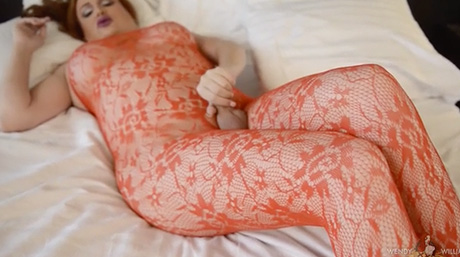 Wendy rubs her exciting red lace on her heavy throbbing penish.